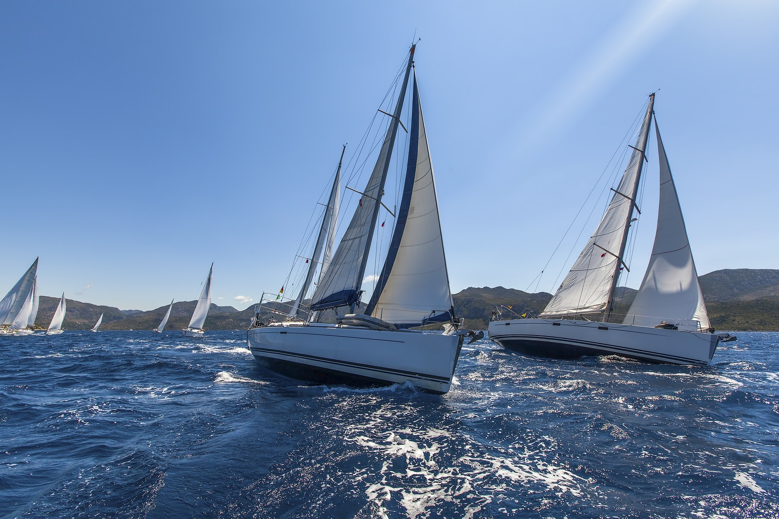 Grand Solmar Land's End Resort and Spa Shares Ways to Enjoy Sailing in Los Cabos this Winter